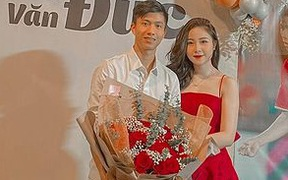 """Văn Đức mua túi hàng hiệu tặng vợ ngày 20/10, Nhật Linh ước mang túi sẽ đẹp như """"em gái quốc dân Hàn Quốc"""" IU"""