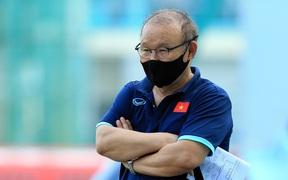 HLV Park Hang-seo gặp khó vì đối thủ của U23 Việt Nam toàn sinh viên đại học