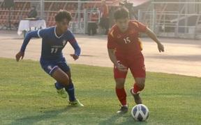 Văn Xuân ghi bàn, U23 Việt Nam giành 3 điểm đầu tay