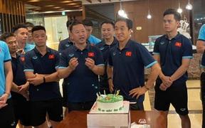 Trợ lý Lee Young-jin phát biểu cảm xúc khi đón sinh nhật lần thứ 5 ở Việt Nam