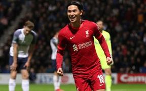 Tuyển thủ Nhật Bản lóe sáng đưa Liverpool vào tứ kết cúp Liên đoàn Anh