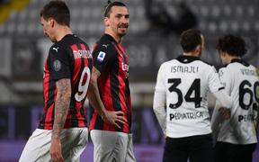 AC Milan thua sốc trên sân của đội nửa cuối BXH