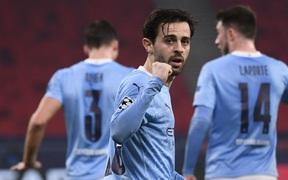 """Man City """"đặt vé sớm"""" vào tứ kết Champions League trong ngày thầy trò Pep lập thêm kỷ lục mới"""