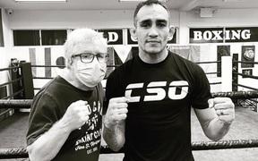 Thi đấu không tốt tại UFC, Tony Ferguson tìm hỗ trợ từ thầy của Manny Pacquiao