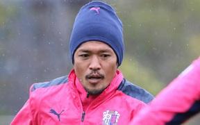 Đồng đội 38 tuổi của Văn Lâm toả sáng, Cerezo Osaka thắng trận mở màn J.League 1