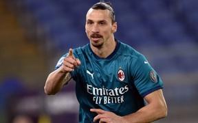 AC Milan tạm thoát khủng hoảng sau trận thắng Roma