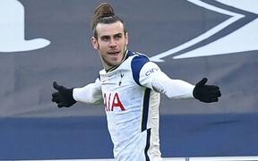Mừng anh trở lại, siêu nhân Gareth Bale