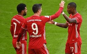 """Sao trẻ đi tắm sớm, Bayern Munich vẫn thắng dễ Stuttgart nhờ 3 """"cú đấm"""" trong 5 phút"""