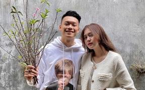 """Hãy yêu một người như bạn gái Thành Chung: Nấu nướng từ A-Z lại còn lái ô tô chở """"gấu"""" đi chơi"""