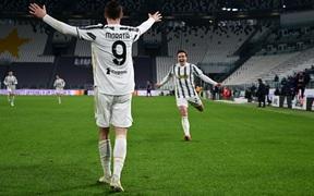 Không cần Ronaldo, Juventus vẫn thắng để rút ngắn cách biệt với hai đội bóng thành Milan