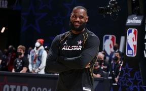 All Star là sân khấu cho bộ óc thiên tài của LeBron James