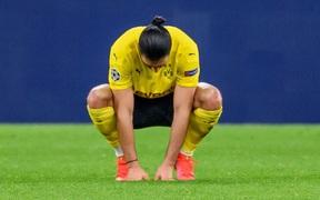 """Đồng đội cũ của Ronaldo bị chê """"ngu ngốc"""", giúp Man City thoát hiểm vào bán kết Champions League"""