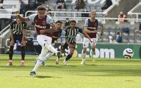 Lingard ghi bàn, West Ham gỡ 2-2 dù thiếu người nhưng vẫn nhận kết cục đắng ngắt