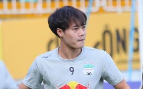 """Tiến Linh - Văn Toàn nịnh nhau """"cực ngọt"""" khi cùng dẫn đầu danh sách vua phá lưới V.League 2021"""
