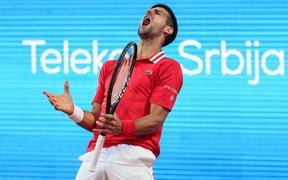 Nadal vào chung kết Barcelona, Djokovic thua sốc ở quê nhà