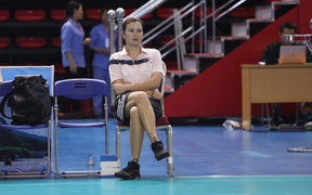 Hoa khôi Kim Huệ gặp rắc rối vì án phạt, mời luật sư đối đầu Liên đoàn bóng chuyền Việt Nam