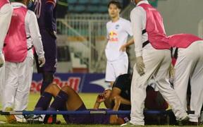 Cầu thủ Bình Dương chảy máu vẫn tiếp tục thi đấu, CLB HAGL bị tố chơi không fair-play