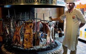Messi rơi vào tầm ngắm điều tra vì tổ chức tiệc nướng linh đình cùng đồng đội
