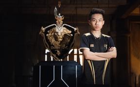 Yiwei - con bài tẩy của Saigon Phantom trong trận gặp Team Flash