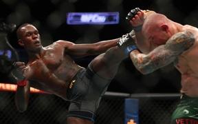 UFC 263: Israel Adesanya đánh bại Marvin Vettori, hạng ruồi đón tân vương