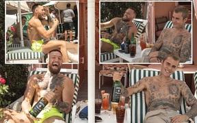 Conor McGregor hé lộ vị khách đặc biệt trong kỳ nghỉ hậu UFC 264