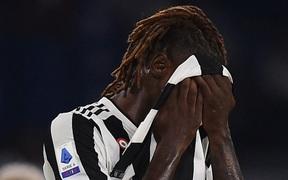Cầu thủ được kỳ vọng thay thế Ronaldo gián tiếp phản lưới nhà ngay trong trận ra mắt Juve