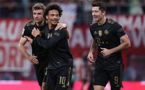Lewandowski toả sáng trong ngày Bayern Munich vùi dập RB Leipzig