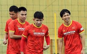 Công Phượng cực vui trong buổi tập đầu tiên cùng tuyển Việt Nam ở vòng loại 3 World Cup 2022