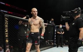 Tay đấm bền bỉ Anthony Smith và mục tiêu thống trị UFC từ tấm gương vượt khó của Michael Bisping