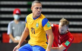 CH Czech thất bại trước Brazil, futsal Việt Nam rộng cửa đi tiếp