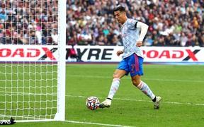 Trực tiếp West Ham 1-1 MU (hiệp một): Ronaldo gỡ hòa