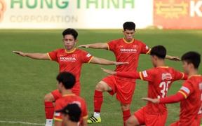 Đình Trọng trở lại, tuyển Việt Nam đón tin vui trước trận gặp Trung Quốc