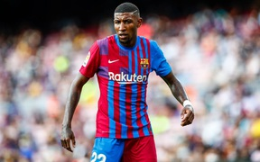 Cựu cầu thủ Barca: Cách đối xử của đội bóng này làm tôi tổn thương