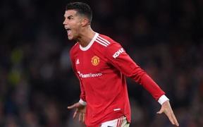 Fan MU phát cuồng vì ngày thi đấu thăng hoa rực rỡ của Ronaldo