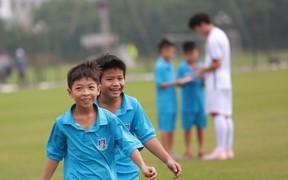 Nhật ký AFF Cup ngày 13/10: Hạnh phúc đến từ những điều giản đơn