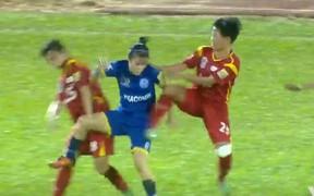 Chính thức: Cấm thi đấu 5 tháng đối với hàng loạt cầu thủ nữ đánh nhau như phim hành động ở giải VĐQG
