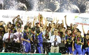 Chung kết Cúp Quốc gia 2018: Bình Dương nâng cao Cúp vô địch sau 3 năm chờ đợi