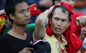 Nhìn lại buổi tối kinh hoàng của CĐV Việt Nam trên đất Malaysia tại AFF Cup 2014