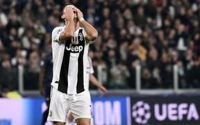 """Ronaldo: """"MU không làm gì mà vẫn thắng trận"""""""