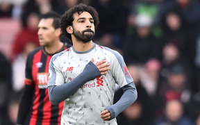 Salah lập hat-trick, Liverpool tạm lên ngôi đầu BXH Premier League