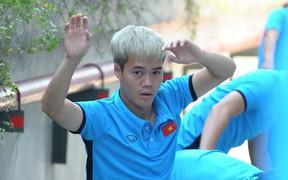 Được Trợ lý Lee Young-jin động viên, Văn Toàn đá chính trước Olympic Nhật Bản?