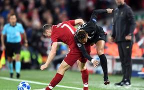 Thống kê đáng ngưỡng mộ về 'cận vệ già' Milner, người khiến Neymar 'khóc thét' tại Anfield
