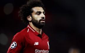 Salah bực tức, ném chai nước vì ghen tị với đồng đội?