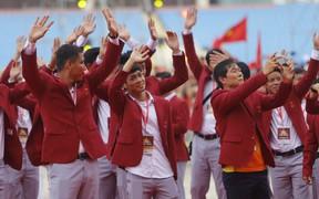 Mỹ Đình rực đỏ trong ngày đón Olympic Việt Nam và các VĐV ASIAD về nước