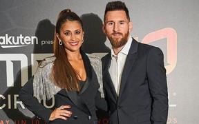 Thường ngày đã xinh đẹp là thế, nhưng chỉ cần một sự thay đổi nhỏ, bà xã của Messi liền nhận về cơn mưa lời khen từ cộng đồng mạng