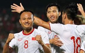Tuyển Việt Nam nhận thưởng nóng 800 triệu đồng sau chiến thắng trước Indonesia trên sân khách