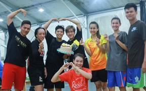 Đội tuyển nữ Quốc gia nhận món quà ý nghĩa nhân ngày Phụ Nữ Việt Nam
