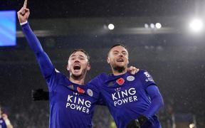 """Arsenal nhận thất bại """"tủi hổ"""" trước Leicester City: Khi thời gian và niềm tin đã cạn kiệt với Unai Emery"""