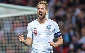 Vùi dập đối thủ tới 7 bàn không gỡ, tuyển Anh chính thức giành vé dự Euro 2020