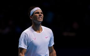 Ngược dòng quật khởi hạ gục hot boy Tsitsipas nhưng Nadal vẫn phải hứng chịu cái kết đắng ngắt